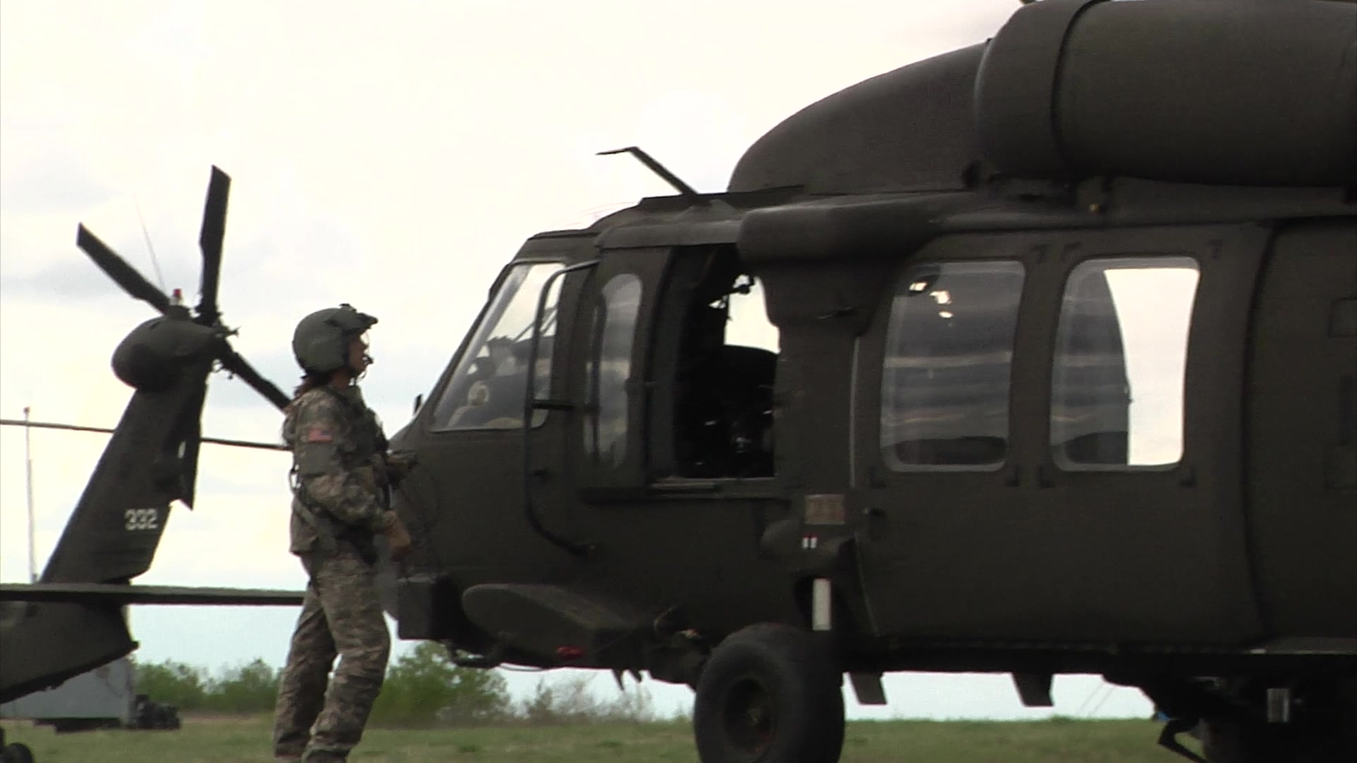 Medevac crews from Charlie Company 1/169 Aviation conduct training during Maple Resolve 17.