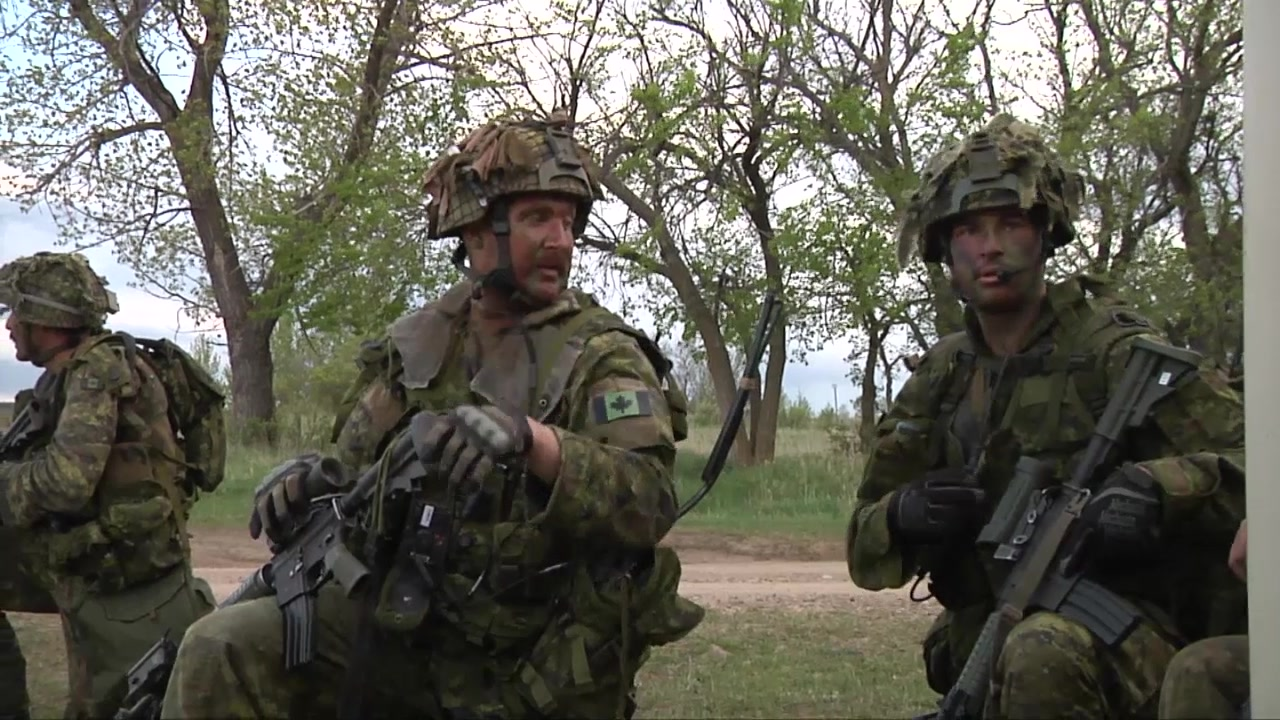 Companies M and O of the 3rd Royal Canadian Regiment took part in High Value Target training as part of Maple Resolve 17. Maple Resolve 17 is the Canadian Army's premier brigade-level validation exercise running May 14-29 in Camp Wainwright, Alberta, Canada.